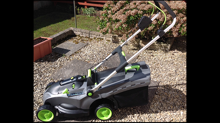 Need A Great Cordless Lawn Mower? GTech Comes Up Trumps!