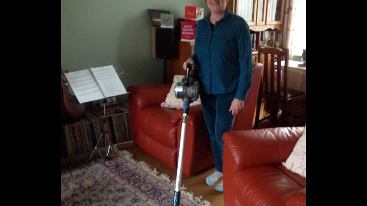 Value And Quality - VAX Blade TBT3V1B1 32V Cordless Vacuum Will Keep On Top Of Cleaning With Ease!