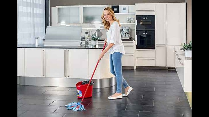 How To Clean Your Floors Efficiently With The SuperMocio XL Mop From Vileda!