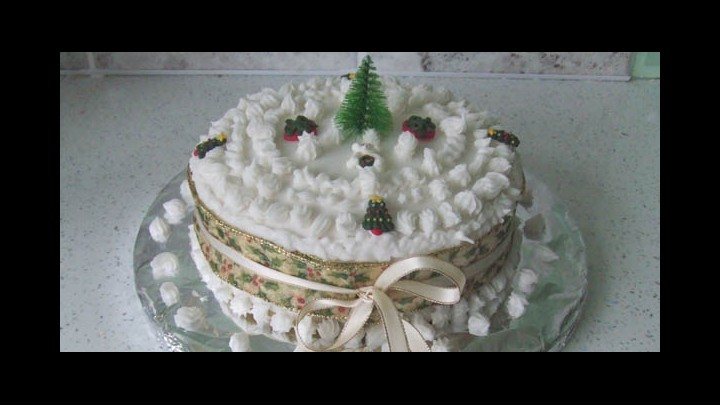 Review Of A Traditional British Christmas Cake - A Generous Indulgence For The Festive Season