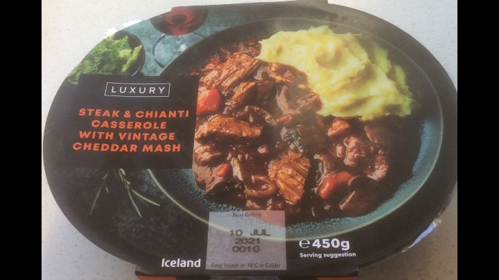 A Week On Ready Meals From Iceland Day 6 Steak & Chianti Casserole With Vintage Cheddar Mash