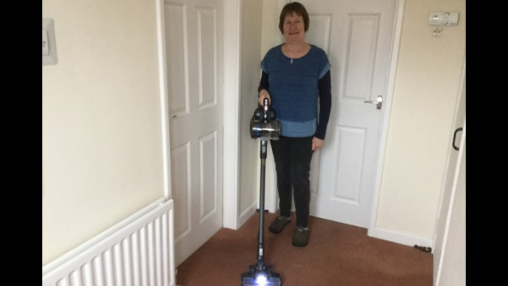 My Review Of  Vax ONEPWR Blade 4 Cordless Vacuum Cleaner