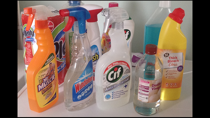 A Quick Guide to Spring Cleaning And Wishing I Had Read Up About Vinegar Prior To Buying Expensive Products!