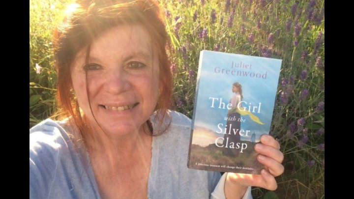 Readers Reviews Of The Silver Clasp By Juliet Greenwood